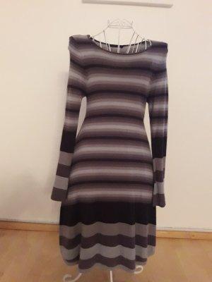 Kleid von Lauren Vidal