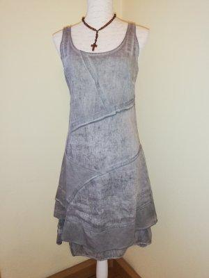 Kleid von Linea Tesini