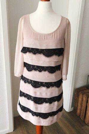 Kleid von Lipsy Größe XS 8 nude Spitze