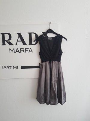 Kleid von Lipsy London