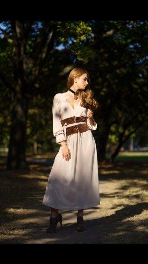 Kleid von lokales Designer