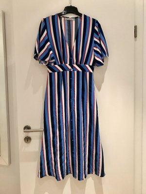 Kleid von Lucy Wang