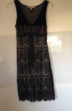 Kleid von Mango in schwarz mit Spitze Größe XS