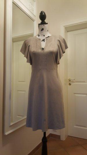 Kleid von Mango Suit in Wildlederoptik - S