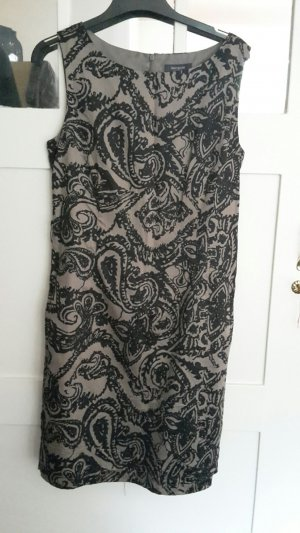 Kleid von Manguun braun mit schwarzem Musteer