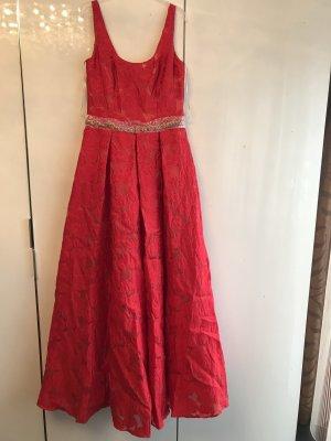 Kleid von Marchesa Notte