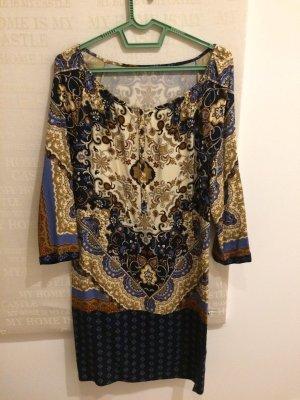 Kleid von Massimo Dutti