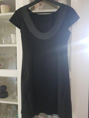 Kleid von MCM