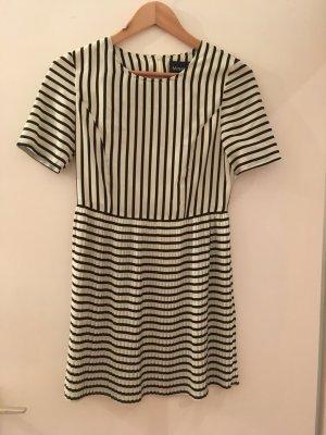 Kleid von MINKPINK
