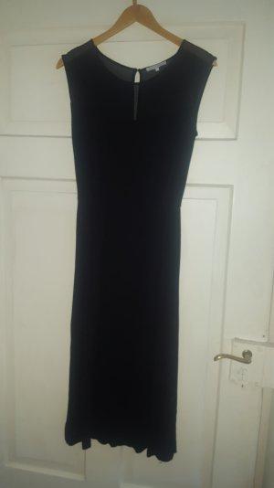 Kleid von Mint&Berry schwarz in Größe S mit transparenter Schulterpartie