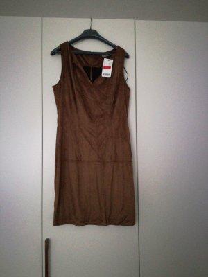 Kleid von Orsay bronzefarben
