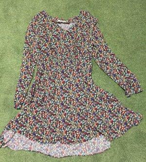 Kleid von Pepe