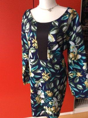 Kleid von Praslin in 52 (eher 50)