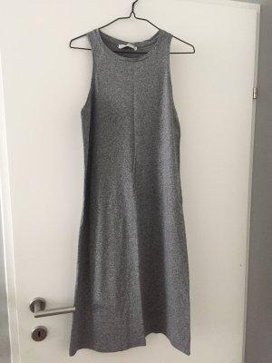 Kleid von Pull and Bear