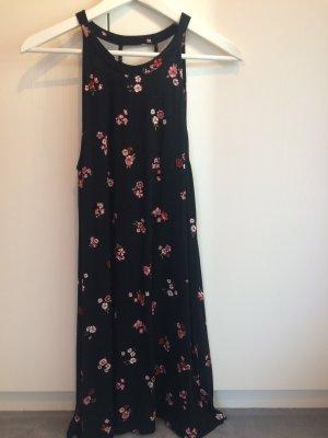 Kleid von Pull & Bear/ Größe M