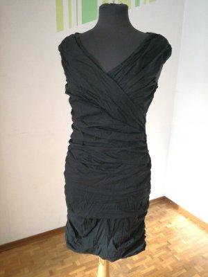 Kleid von Rinascimento, Cocktailkleid