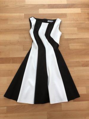 Kleid von Rinascimento (XS)