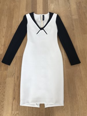 Kleid von Roland Mouret