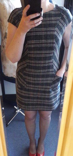 Kleid von S.Oliver Gr. 38/M Neu Etuikleid Wollkleid Minikleid Büro Casual