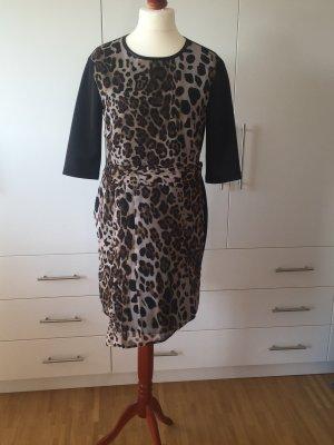 Kleid von Schiffhauer