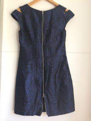 Kleid von Single