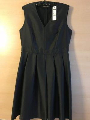 Kleid von Sisley