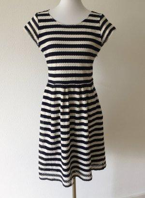 Kleid von Steffen Schraut, Gr 40