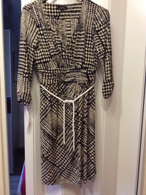 Kleid von Tahari Arthur s.Levine