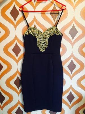 Kleid von TFNC London