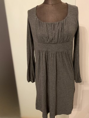 Tramontana Vestido babydoll gris