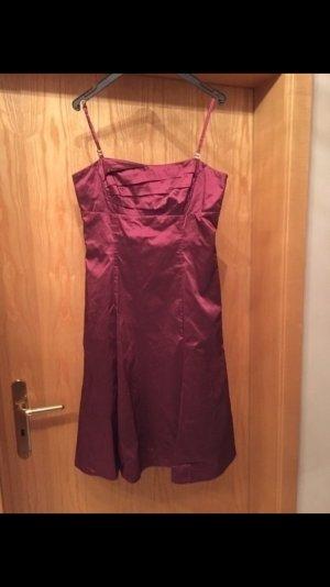 Kleid von Vera Mont - Gr. 36