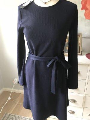 Kleid von Vero Moda Größe 38 dkl blau