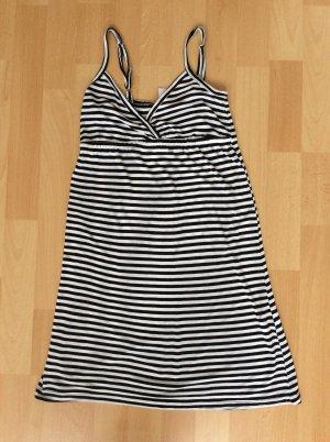 Kleid von Vero Moda in der Größe xs