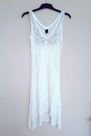 Kleid von Vero Moda mit Pailletten