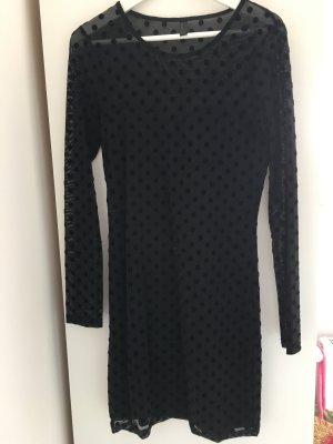 Kleid von Vero Moda mit Punkten