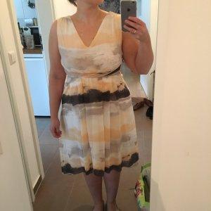 Kleid von VILA Größe L