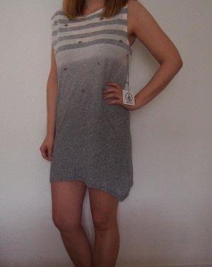 Kleid von Volcom mit schönem Farbverlauf und tollen Details