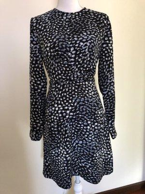 Kleid von Warehouse