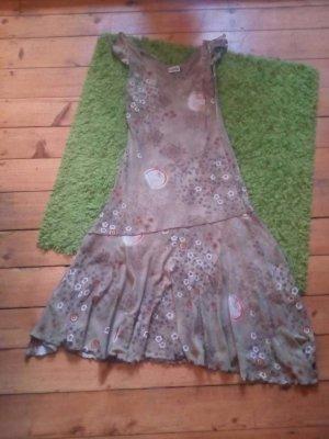 Kleid von Yessica Größe 40