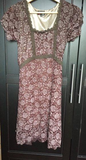 Kleid von Yumi in Größe M