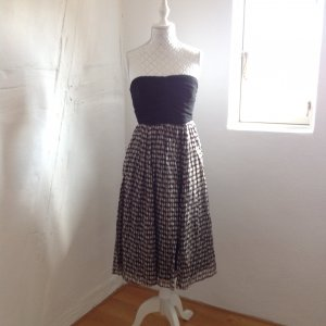 Kleid von Zara Basic Gr. M