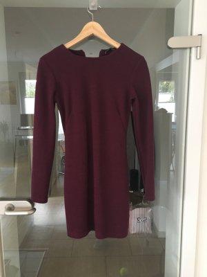 Kleid von Zara, Brombeere, Größe S