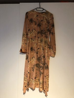 Kleid von Zara (fast neu)