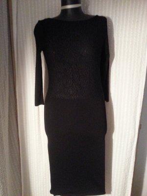 Kleid von Zara Knit Gr. M, schwarz