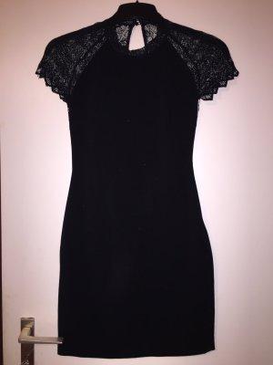 Kleid von Zara mit Spitze