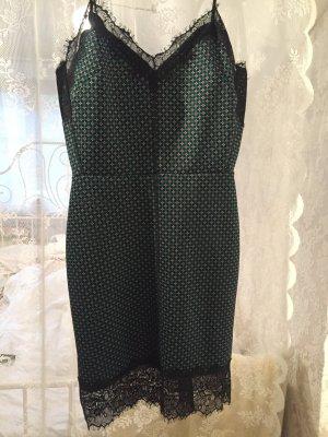 Kleid von Zara mit Spitzeneinsätzen