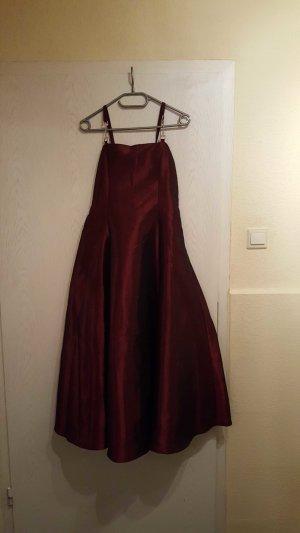 Dress dark red-bordeaux