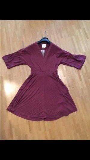Kleid weinrot Bordeaux lila Größe M urban outfitters
