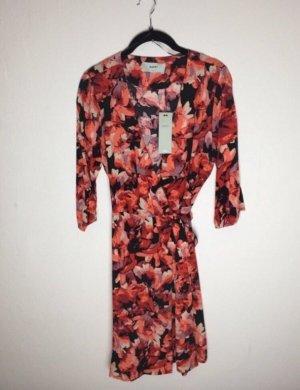 Kleid Wickelkleid rot schwarz Gr. 36 neu Dreiviertelärmel NAKD