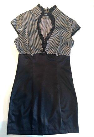 Kleid XS schwarz weiss figurbetonnt Spitze mini Gr. 32-34